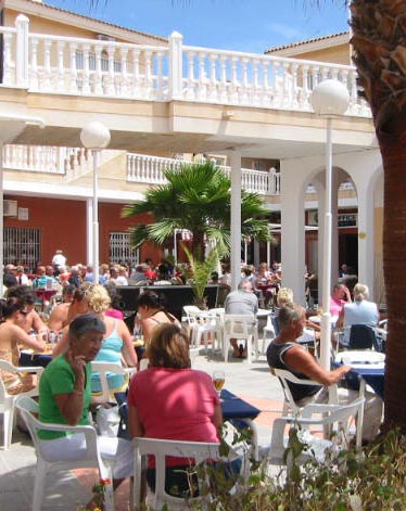 Horizonte commercial centre Playa Flamenca