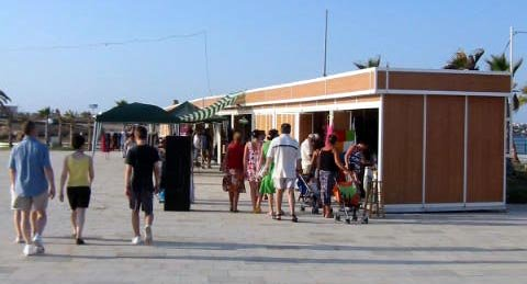 Playa Flamenca market